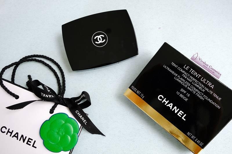 Phấn phủ kiềm dầu Chanel LE TEINT ULTRA TENUE