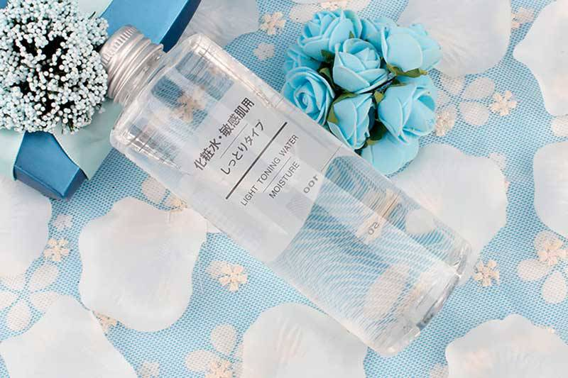 Nước hoa hồng Muji
