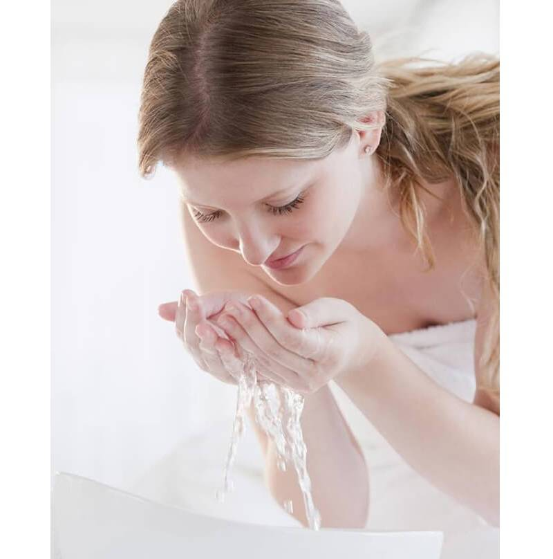 Sữa Tắm & Sữa Rửa Mặt Kích Trắng Da CHATEAU ROUGE
