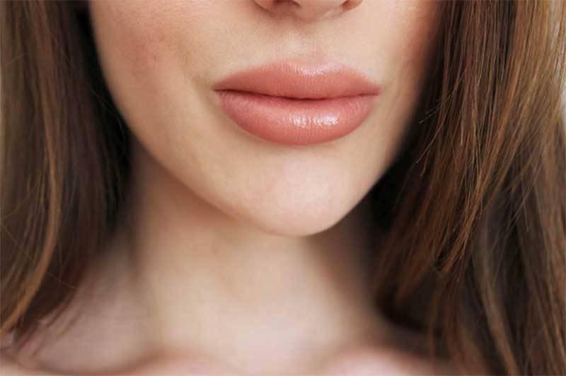 Son charlotte tilbury bảng màu Hot Lips