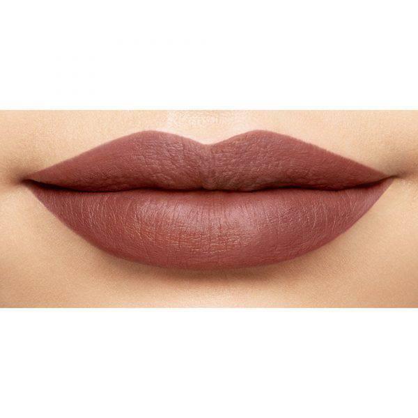 American-Woman-Son-Kem-Li-NARS-Powermatte-Lip-Pigment-Vivalust-3.jpg