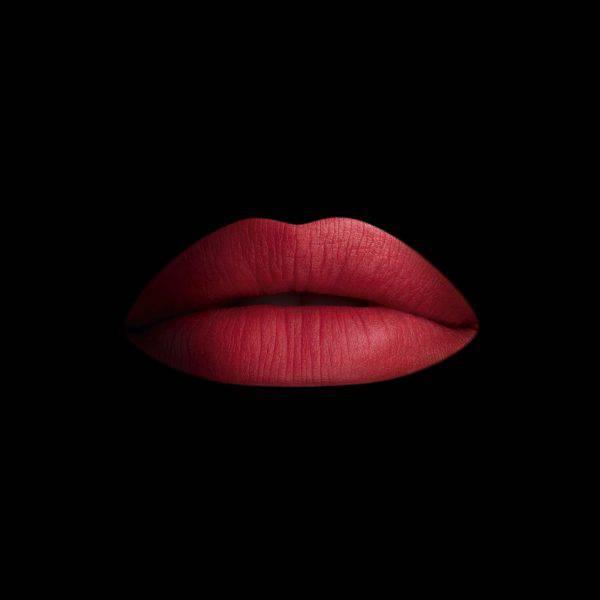 Son-Guerlain-Kiss-Kiss-Matte-mau-M348-Vivalust.vn-4-.jpg