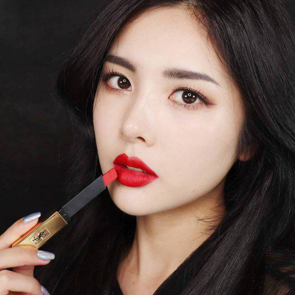 Son-YSL-Rouge-Pur-Couture-The-Slim-Matte-Lipstick-Mau-23-Mystery-Red-Vivalust.vn-6-1.jpg