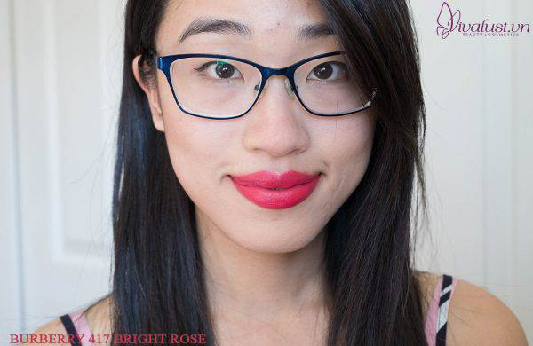 Son-Burberry-Lip-Velvet-Lipstick-mau-417-Bright-Rose-Vivalust.vn-8.jpg