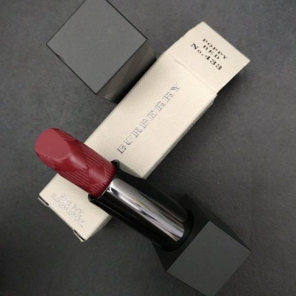 Son-Burberry-Lip-Velvet-Lipstick-mau-433-Poppy-Red-Vivalust.vn-4.jpg