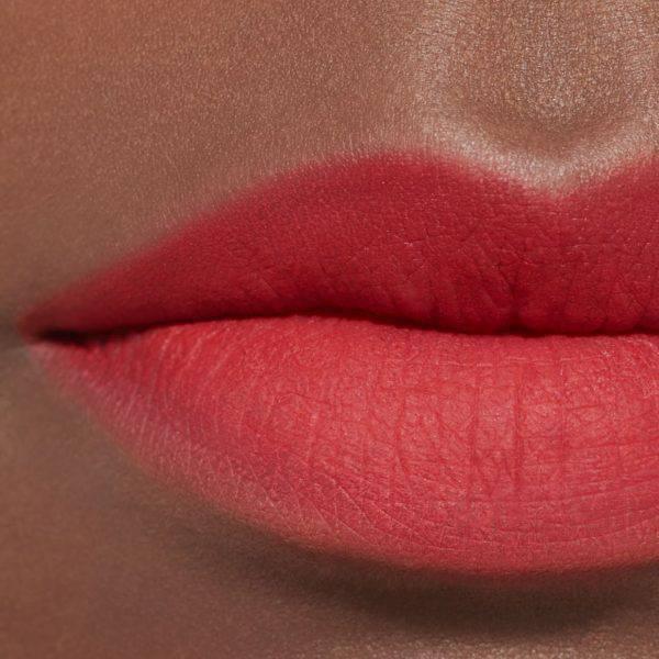 Son-Chanel-Rouge-Allure-Liquid-Powder-Matte-954-Radical-3.jpg