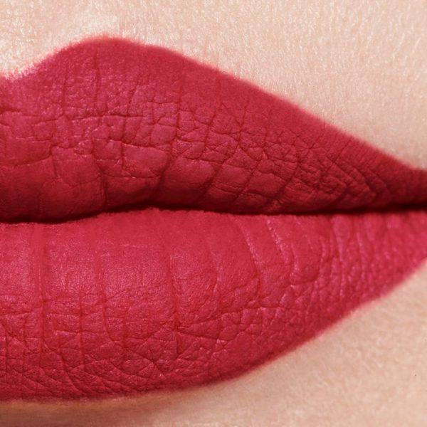 Son-Chanel-Rouge-Allure-Velvet-Extreme-Matte-114-Epitome-Vivalust.vn-.jpg