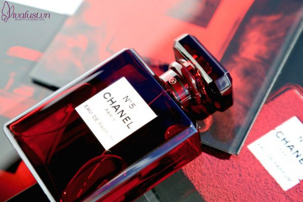 Nuoc-hoa-CHANEL-N5-Red-Limited-Edition-Vivalust.vn-14-.jpg