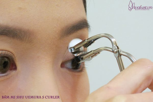 Kep-Bam-Mi-Shu-Uemura-S-Curler-4-.jpg