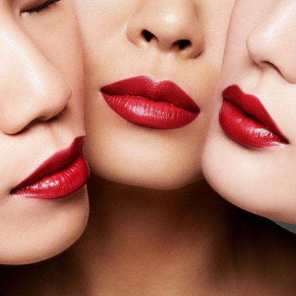 Tom-Ford-Orchid-Soleil-Special-Deco-Lip-Color-16-Scarlet-Rouge-3-.jpg